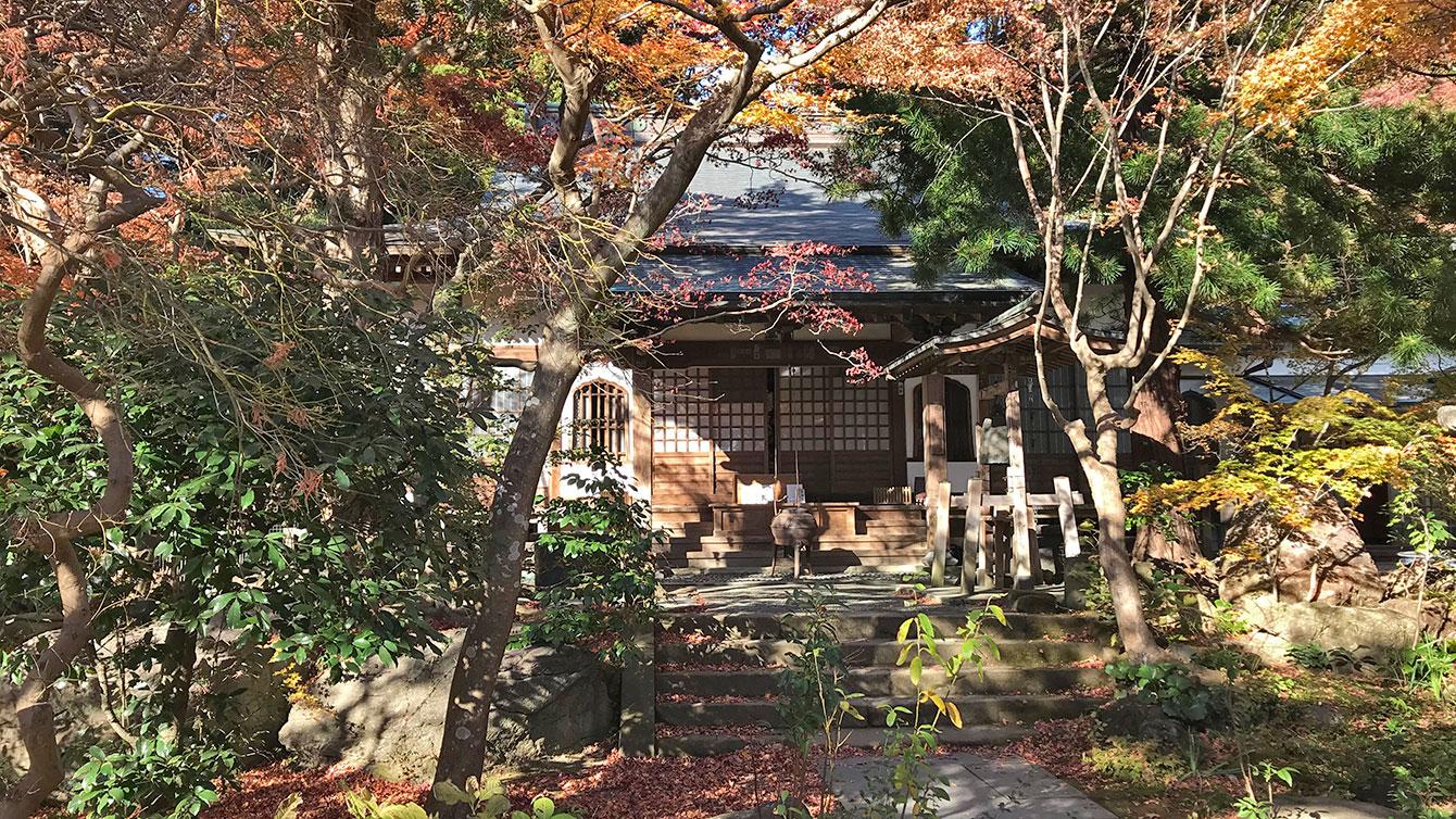 覚園寺の本堂